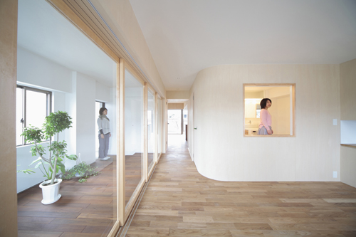 House in Midorigaoka in Japan by Camp Design Inc.