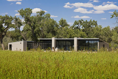 Flyway View House in New Mexico by Jon Anderson Architecture