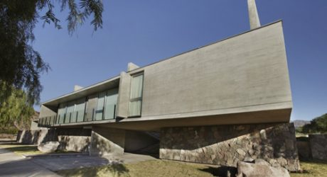Sobrino House in Argentina by A4estudio