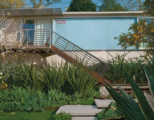 Turin Residence in California by Good Idea Studio