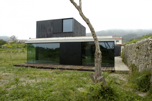 Afife House in Portugal by Nuno Brandão Costa