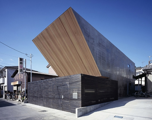 Flow in Japan by Apollo Architects