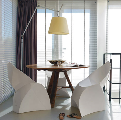 The Flux Chair Lands in the US in sponsor home furnishings  Category