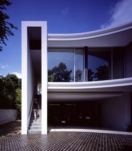 Residence in Kurakuen in Japan by NRM-Architects Office