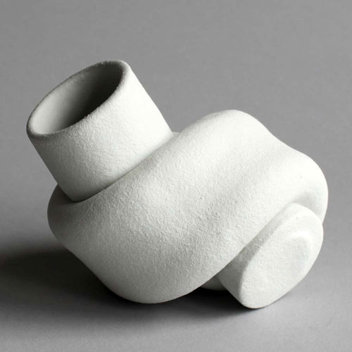 Knotted Vases by Judith van den Boom and Sharon Geschiere