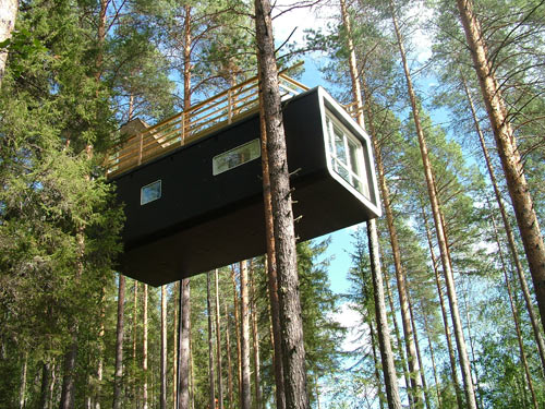 tree-hotel-cabin-1