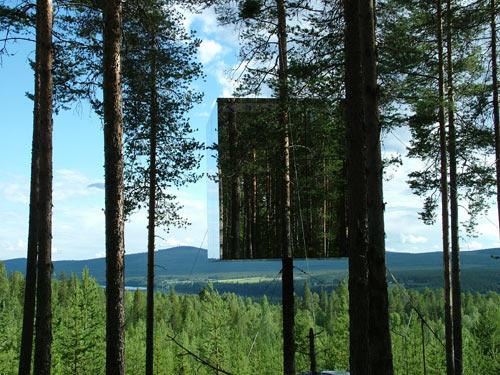 tree-hotel-mirror-cube-3