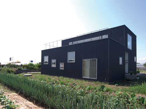 """""""With"""" House in Japan by StudioLOOP Architects"""