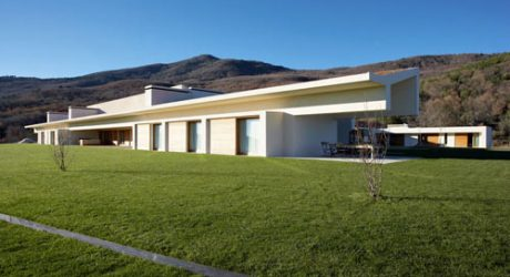 Dwelling in Avila, Spain by A-cero