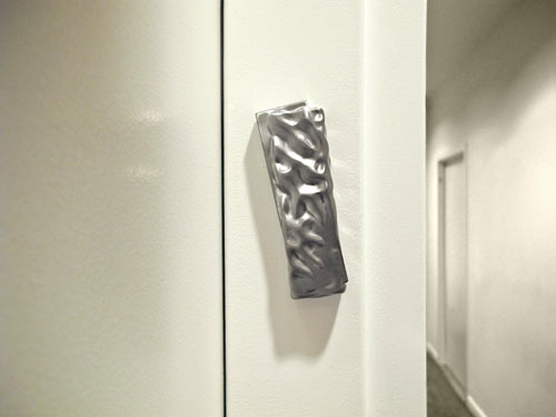 connections-modern-mezuzah-alessi-dror