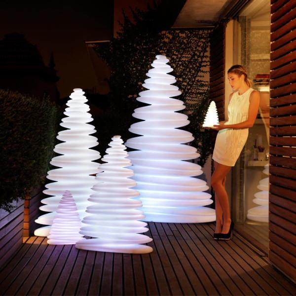 Chrismy-Lamp-TeresaSapey-Design
