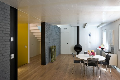Vento House in Italy by MZC Architettura