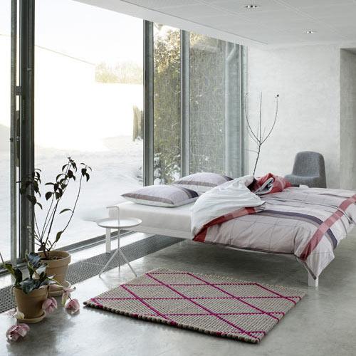 SB-Hay-bed-linens-rug