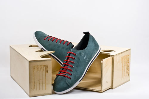 Society27-sneaker-shoe-model-no1-8