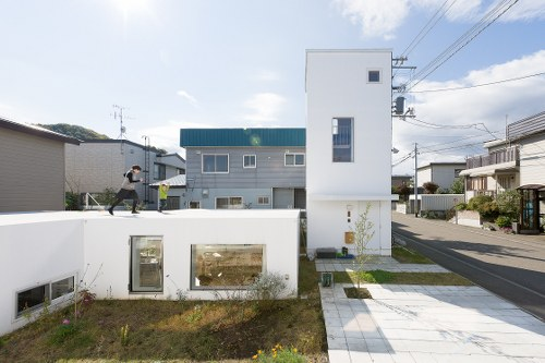 Kumagai House in Japan by Hiroshi Kuno + Associates