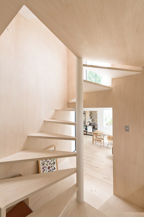Skim Milk: Kumagai House in Japan by Hiroshi Kuno + Associates