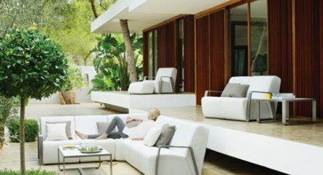 """Gloster Takes Art Deco """"Outdoors"""""""