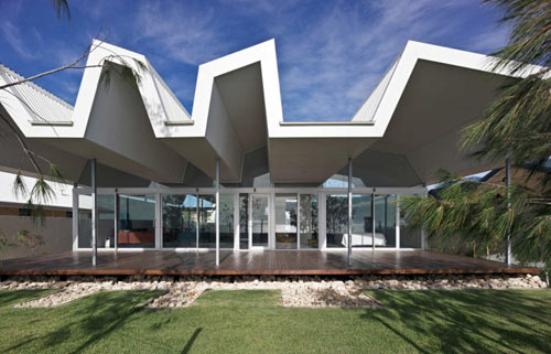 Florida Beach House by Iredale Pedersen Hook Architects