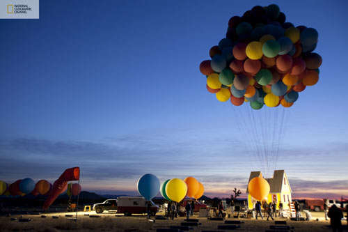 nat-geo-balloon-house-up-8