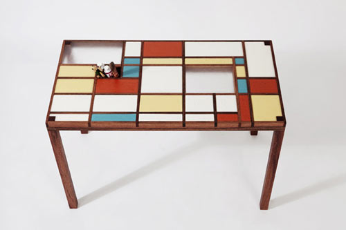 9stories-desk