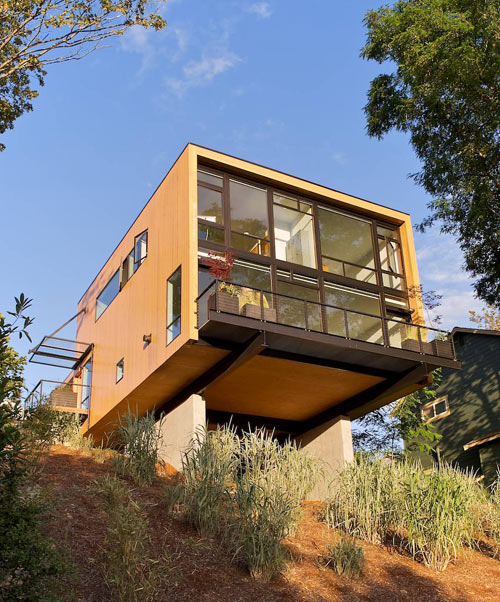 The EB1 Residence by Replinger Hossner Osolin Architects