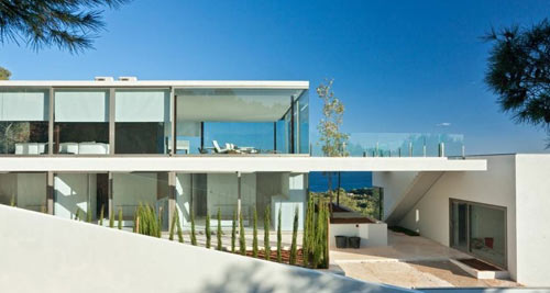 Villa in Ibiza by Bruno Erpicum & Partners
