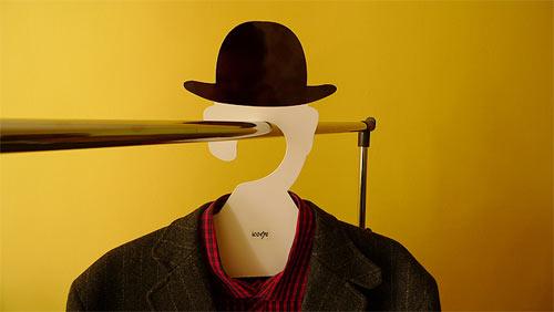 magritte-hanger-3