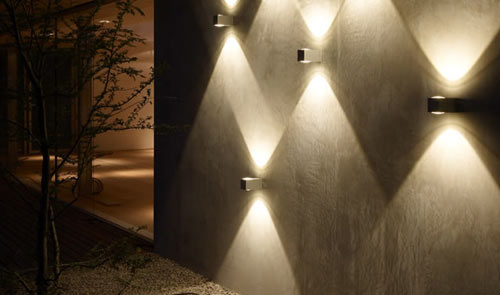 Playing with lighting design milk for Eclairage led exterieur de jardin