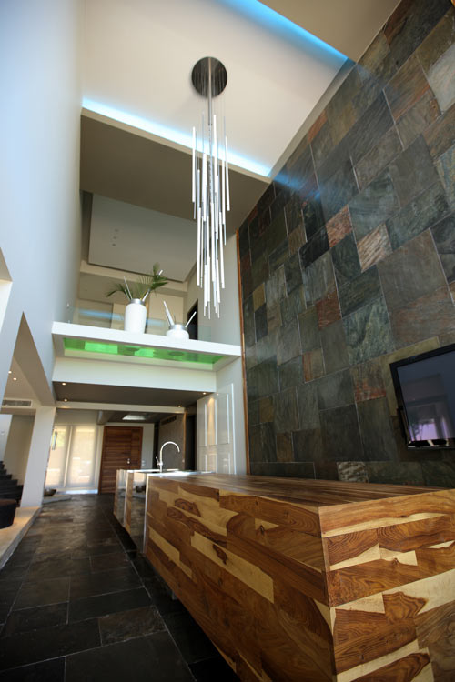 Modern double height wall design home ideas designs - Designer modern wall designing ...