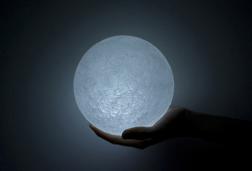 Moon Light by Nosigner