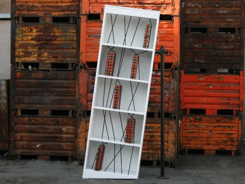 italia-bookshelf-1