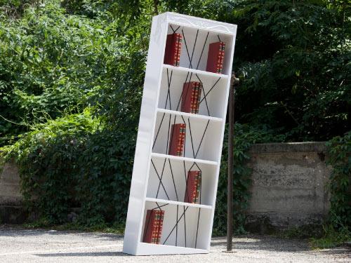 Italia Bookshelf by Andrea Vecera