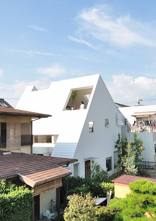 Montblanc house by studio velocity design milk for Japanese architecture firms
