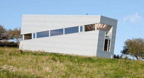 Sliding House by MacKay-Lyons Sweetapple Architects