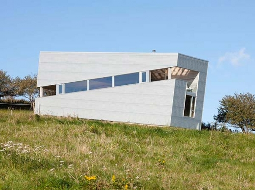 Sliding House by MacKay Lyons Sweetapple Architects in architecture  Category