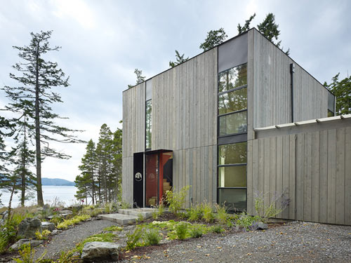 Doe Bay Cabin by Heliotrope Architects