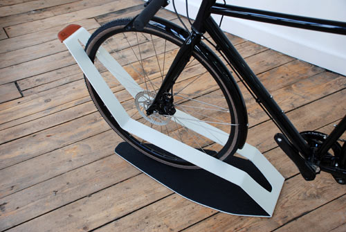 Furniture for Bikes: Sculptural Bike Storage in technology style fashion home furnishings  Category