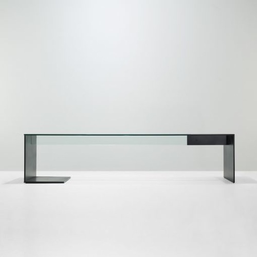 Felicia Ferrone Unir table