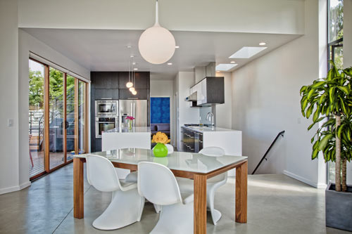 Phinney Modern by Pb Elemental Architecture