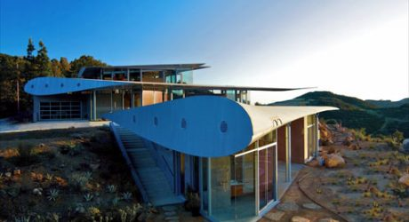 The 747 Wing House