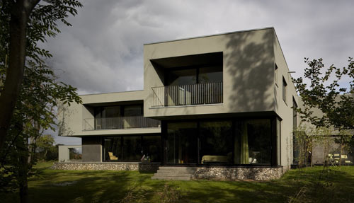 The Wilderness House by Paul+O Architects