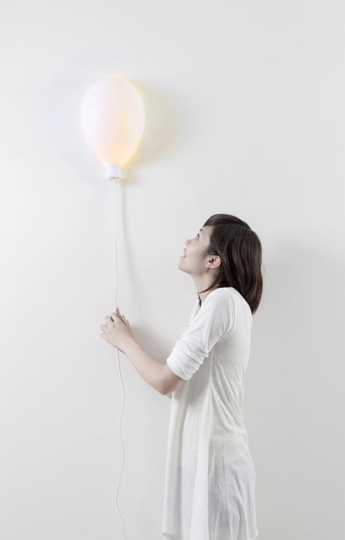 Balloon X LAMP by Haoshi Design