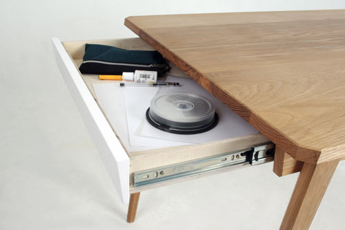 Delen Memory Table by David Franklin