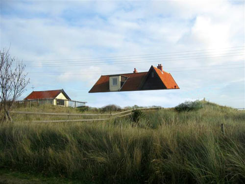 Dune house by jarmund vigsn s as architects design milk - The dune house the floating roof ...