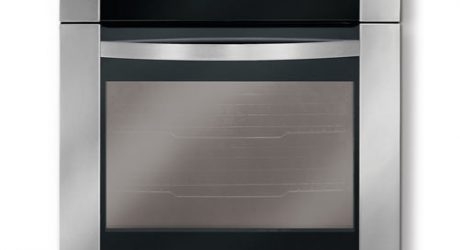 Electrolux ICON® Designer Series Single Wall Oven Giveaway