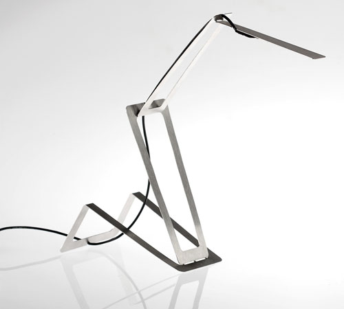 Flaca Lamp by Masiosare Studio