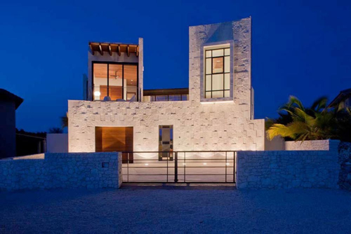 Residence in the Caribbean by Silberstein Architecture