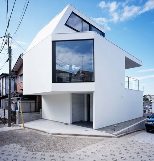 Vista House by Apollo Architects & Associates