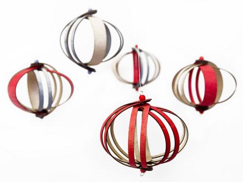 Fleet-Ribbon-Ornament-3