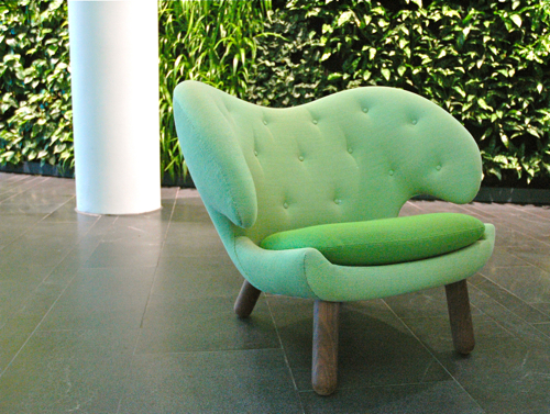 Bella-Sky-green-finn-juhl-chair